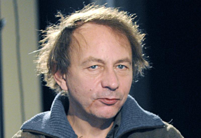 Michel-Houellebecq-remporte-le-prix-Goncourt